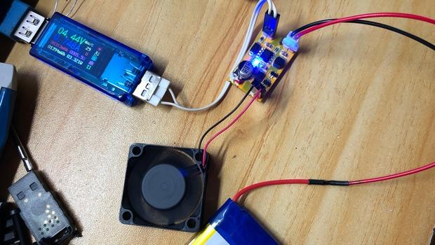 AAA 定做摇杆2 无线版本 测试供电部分.JPG